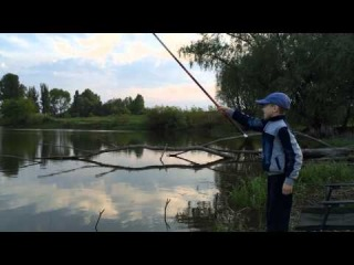 Как ловить карася. Дети на рыбалке