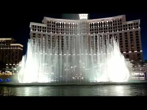 Поющие фонтаны Лас-Вегас