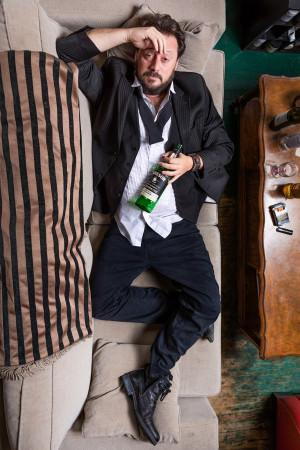 Профессор из Канады 10 лет пьянствовал по всему миру, чтобы найти лучшее средство от похмелья