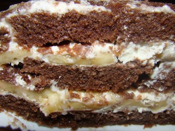 Торт бисквитный с бананом и сметанным кремом