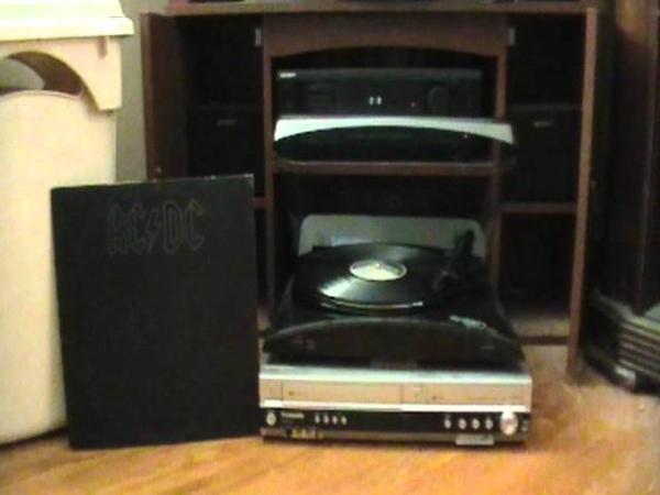 ACDC - Back In Black - Vinyl.mpg