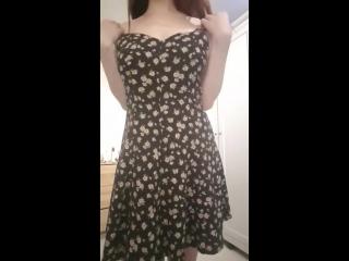 7baRu_amateur-girl-summer-dress-strip_1513070.mp4