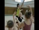 Тренировка юных гимнасток