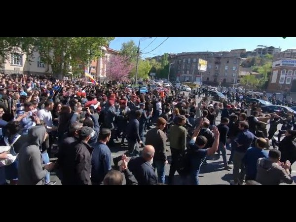 Ереван столкновения полици и демонстрантов 16.04.2018