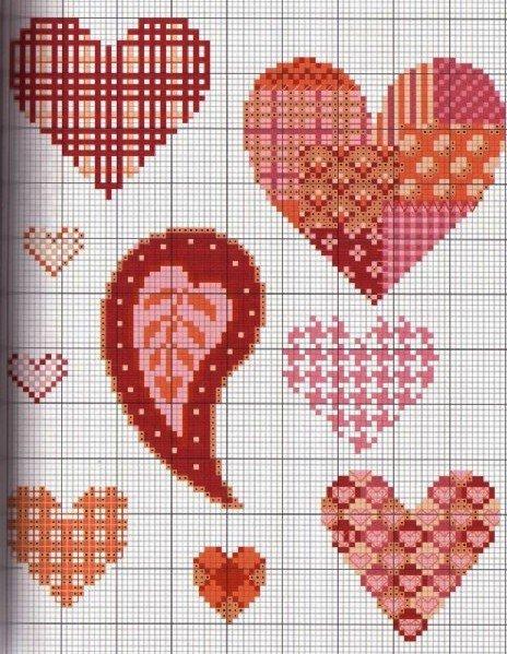 схемы вышивки сердечек.
