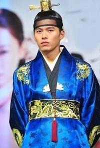 Смотреть бесплатно дораму Ли Сан - Король Чончжо (Yi
