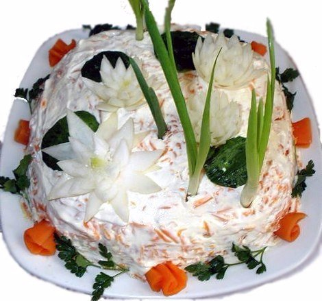 Салат Рыбный Ингредиенты: 1 кг рыбы путасу, 3 шт