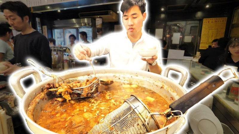 Japanese Street Food Tour DEEP in Tokyo, Japan! TASTY Japanese BBQ Pork Gyoza and AMAZING Sushi!