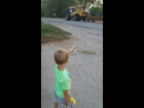 мой маленький любитель тяжелой техники