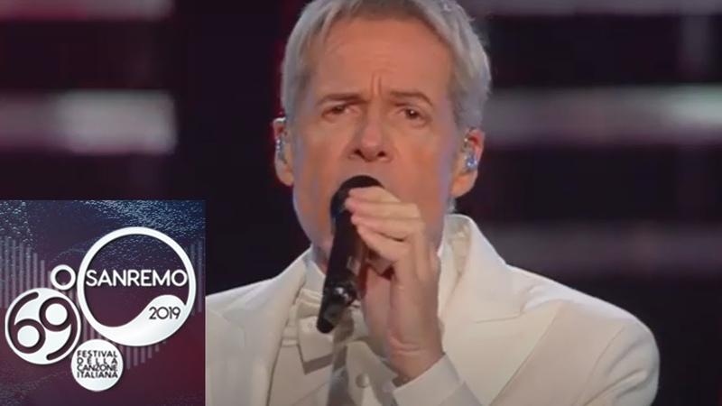Sanremo 2019 - Claudio Baglioni apre la serata finale con E adesso la pubblicità
