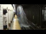 Потоп в Американском метро  [  Дело происходит в городе Нью Йорк ]