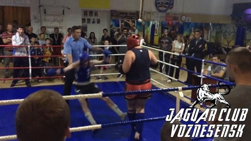 Невозможно устоять | Как падают соперники бойцов клуба «Ягуар» | Вознесенск Муэй-Тай