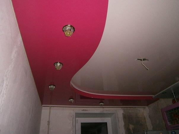 Двухуровневые натяжные потолки фото кухня