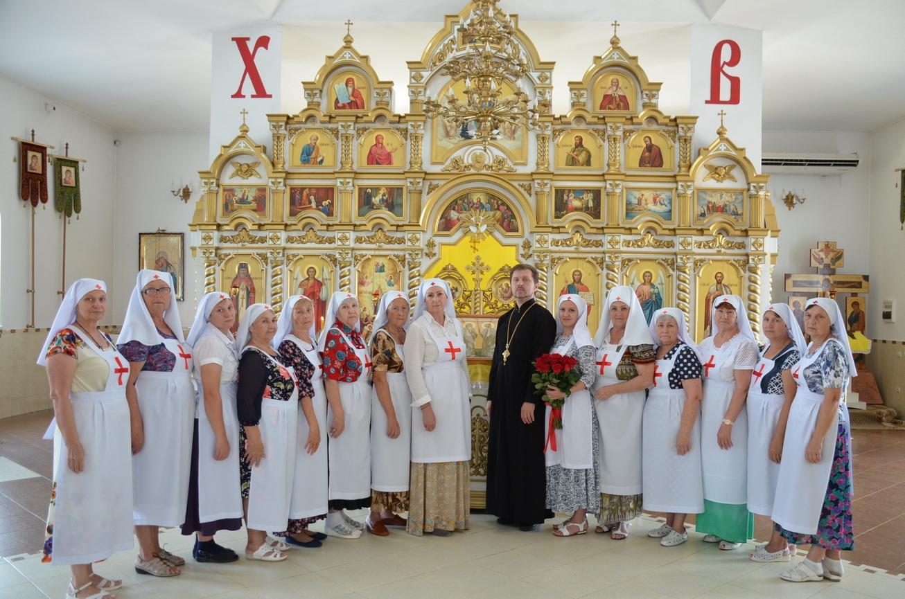 Совершен чин посвящения в сестричество