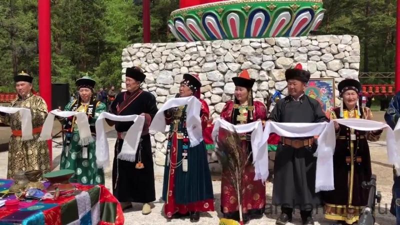 Церемония освящения статуи Будды Медицины в Аршане arshan.net.ru