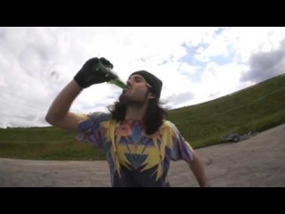 Open a beer like a boss with a stunt bike !