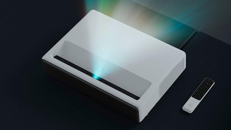 Кинотеатр у вас дома Xiaomi Mijia laser projection - обзор и тест мультимедиа-проектора.