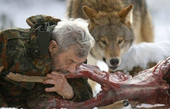 Десантник живет в стае волков W1vHum6Xq6A