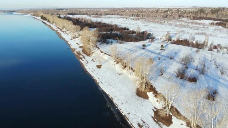Барабановская протока реки Енисей в начале апреля