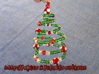 Или же, такую елочку можно успешно использовать при декорировании дома к Новому году.  В общем, решать вам, тем...