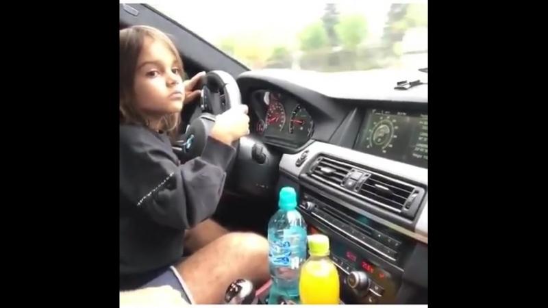 BMWlifestyler Дочка водит папину BMW