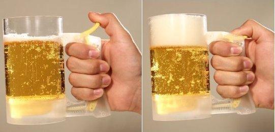 Пивной бокал с генератором пены -