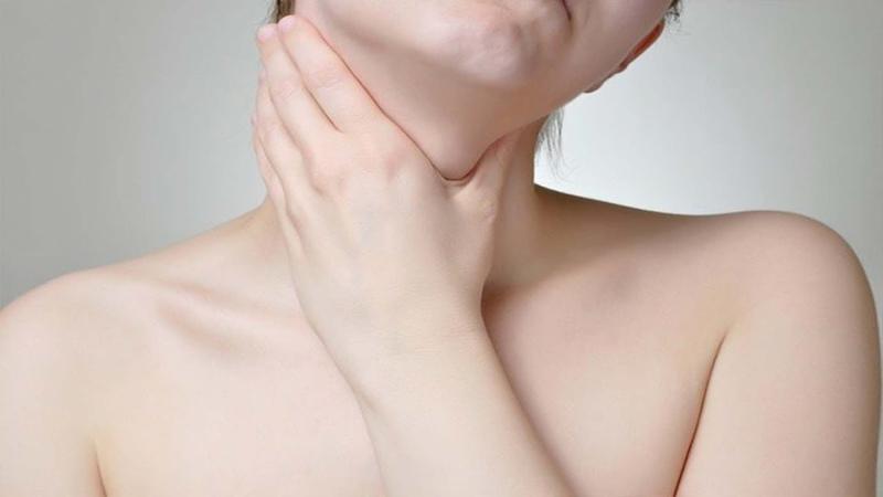 У вас болит горло, пропадает голос и мучает кашель!