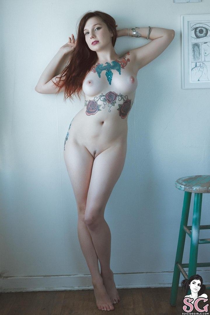 coralia suicide nude
