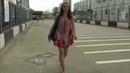 She goes through life barefoot она идет по жизни босиком маленькая Саша