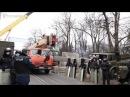 Урядовий квартал перекривають бетонними блоками HromadskeTV