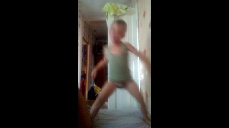 султан танцует
