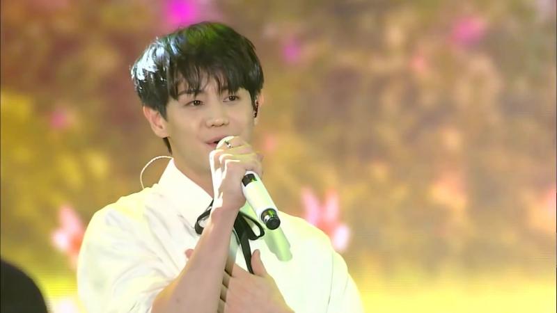 Performance » 180906   DMCF DJ CON   Yang YoSeob x Sandeul - Cherry Blossom Ending