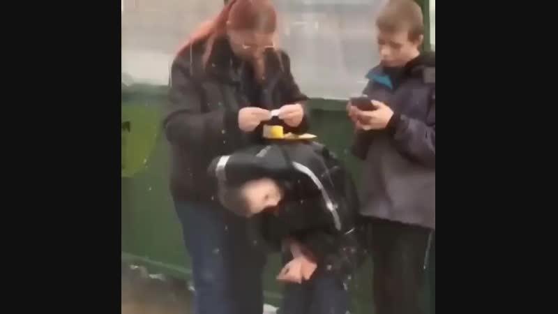 Папироску завернуть на сыне