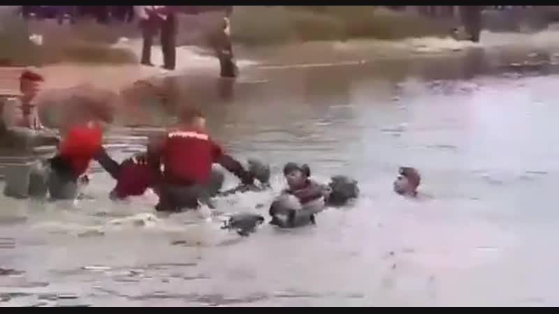 Двое военных Росгвардии утонули в луже, пытаясь сдать на краповый берет