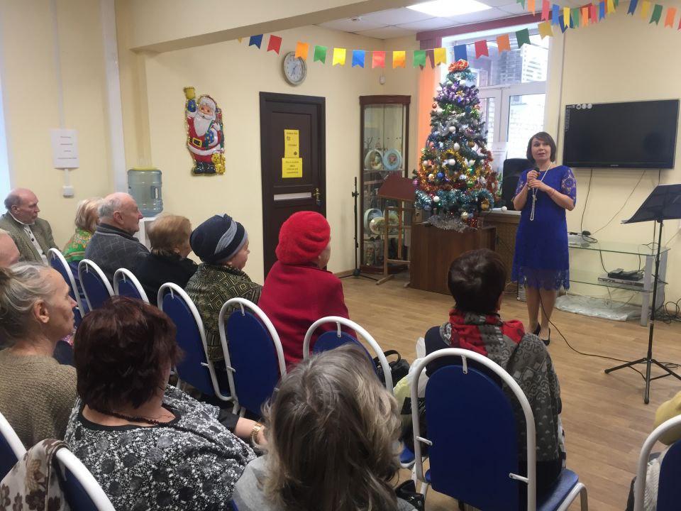 Ольга Спиридонова выступила перед гостями центра соцобслуживания в Савеловском