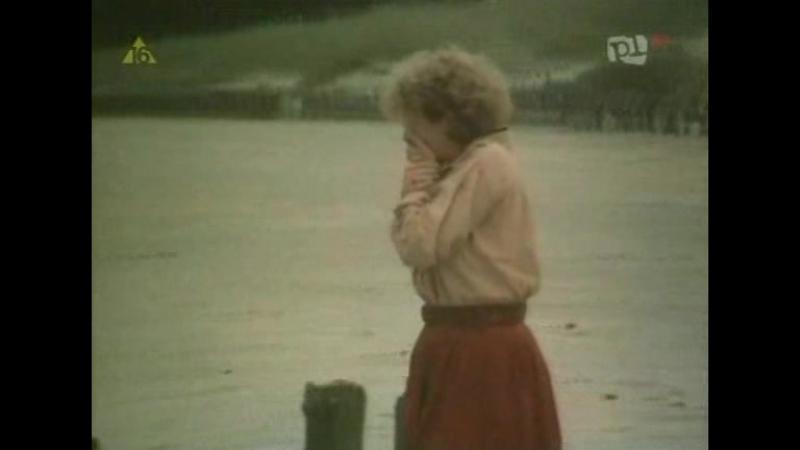 В пути (Попутно)   Útközben   Венгрия, Польша, драма, мелодрама, 1979   реж. Марта Месарош