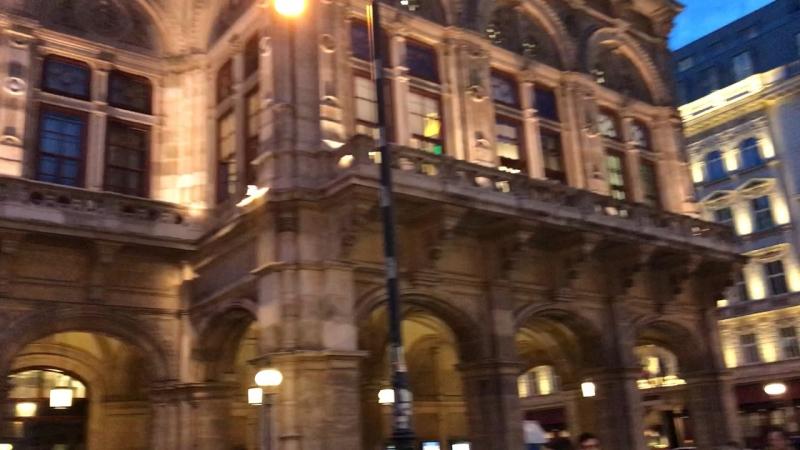 Віденський театр опери та балету