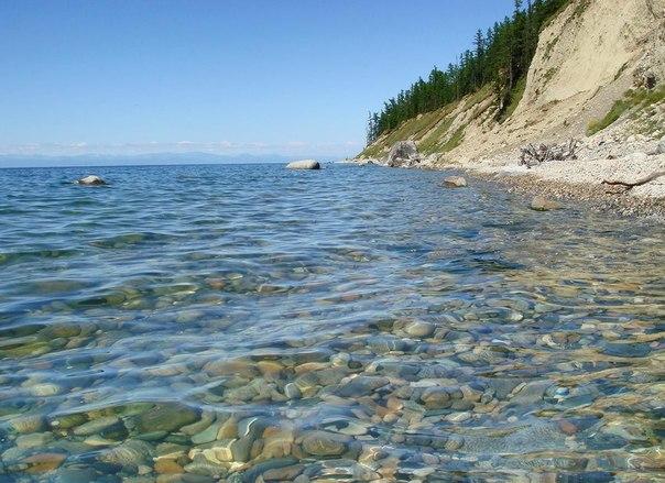 Бывают озера удивительной красоты