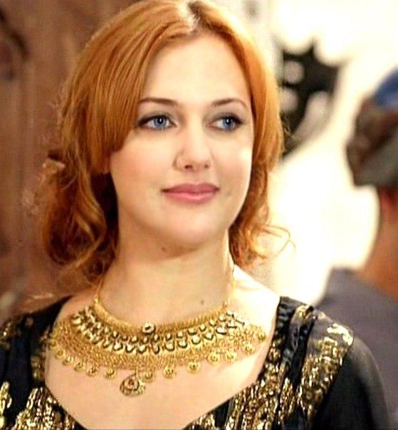 meryem uzerli//მერიემ უზერლი - Page 4 VJhSp4T-Ces