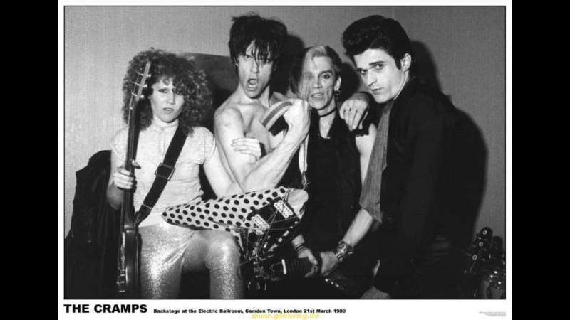 From White Zombie 1932 / The Cramps - Zombie dance