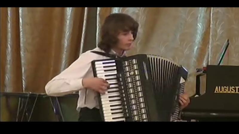Зірковий вальс!1 курс..звітний концерт 2005!Аккордеон(Ігор Штогрин)