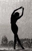 """Предпросмотр - Схема вышивки  """"Танцующая девушка под дождём """" - Схемы автора  """"annayes9 """" - Вышивка крестом."""