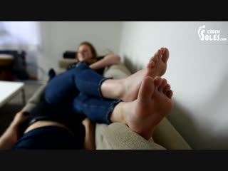 Czech-soles-mean-sister-smelly-punishment-2_720p