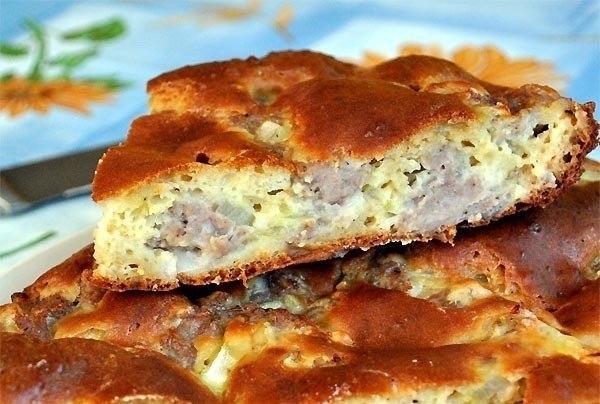 Пирог с мясом «Легче не бывает» Составляющие этого теста найдутся в каждом доме. Его приготовление займет всего минут 10, а результат получите превосходный. Выручит в любой ситуации. Смотреть полностью...