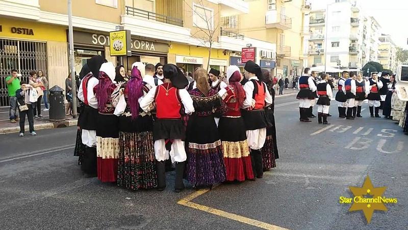 Balli Folkloristici Della Sardegna Traditional Dancers From Sardinia Folklore Italiano