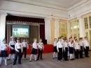 1 б класс 321 шк исполняет песню времён ВОВ на концерте к Дню победы 11 мая 2018 г