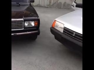 Две бандитки