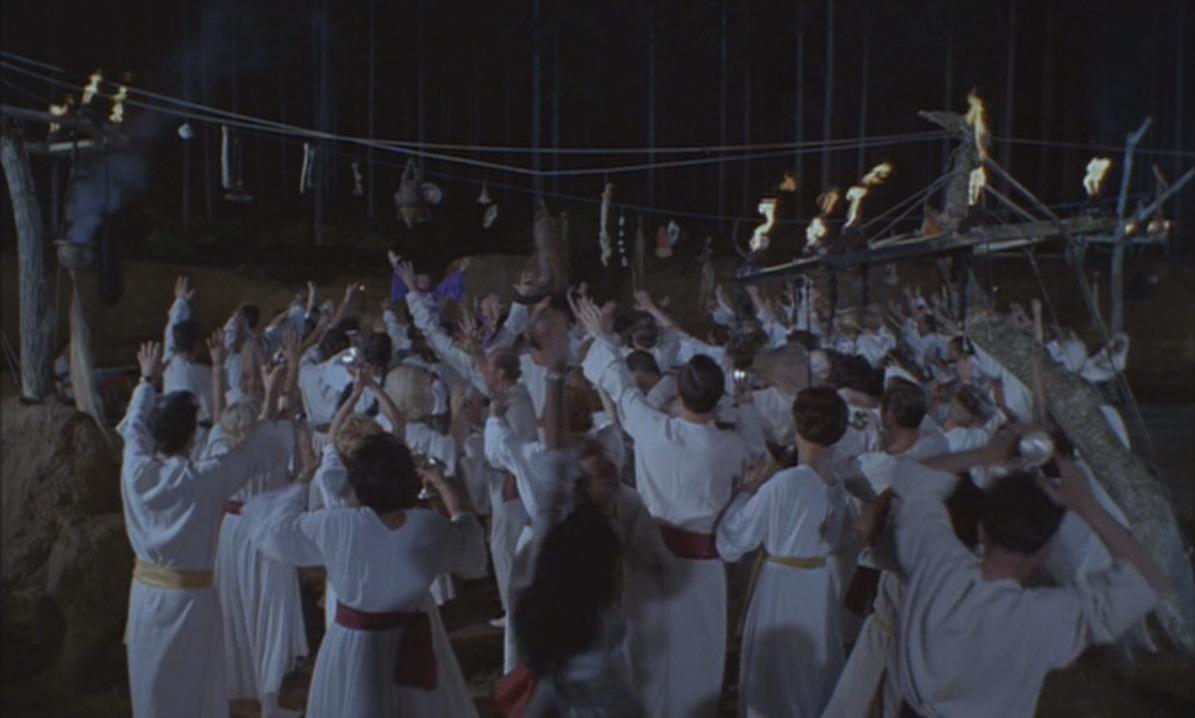 """Кадр из фильма """"Выход дьявола"""" 1968 года"""