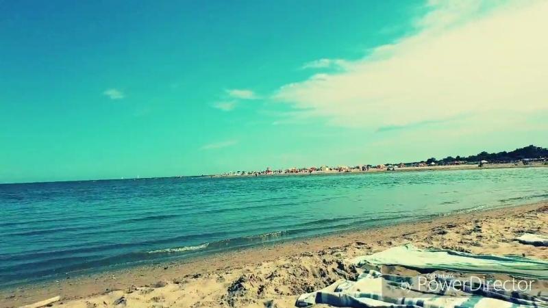 Beach__HD.mp4