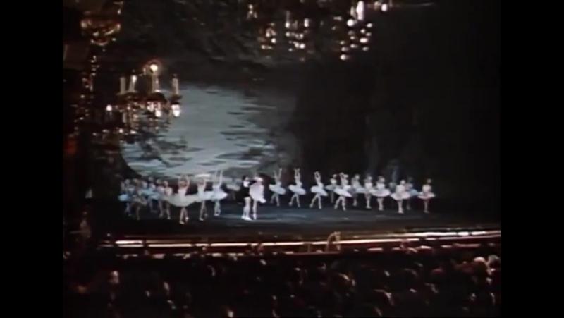 Петр Чайковский- Лебединое озеро (Большой театр)1958